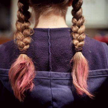 Naturalne czy logiczne konsekwencje, czyli gdy dzieciaki bawią się w fryzjera